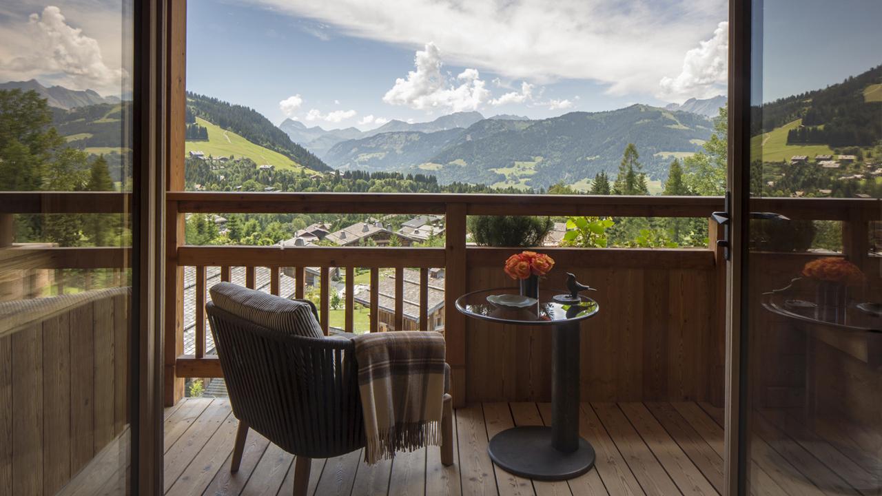 pierre counot blandin meubles fs megève balcon